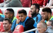 Alexis Sánchez (M.) wechselte im Januar 2018 für 34 Millionen Euro vom FC Arsenal zu Manchester United