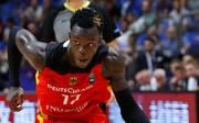 Das DBB-Team um den deutschen NBA-Star Dennis Schröder gewinnt in Serbien