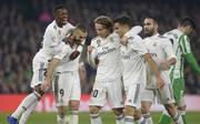 Luka Modric (3.v.l.) brachte Real Madrid in Führung