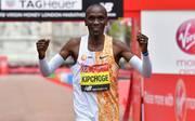 Eliud Kipchoge lief beim London-Marathon erneut eine starke Zeit