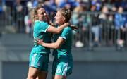 DFB U19  EM: Gina Maria Chmielinski (l.) und Leonie Köster wollen auch gegen die Niederlande jubeln