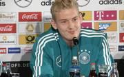 DFB-Team: Julian Brandt scherzt über Nummer 10