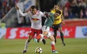 Tyler Adams (l.) könnte in die Bundesliga wechseln