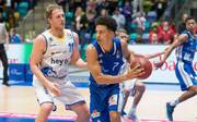 Frankfurts Sean Huff (r.) will mit den Fraport Skyliners in die Playoffs einziehen