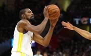 Kevin Durant bleibt nächste Saison wohl bei den Golden State Warriors