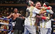 Andy Ruiz Jr. (r.) bezwang Anthony Joshua