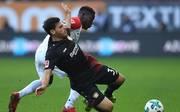 Leverkusens Stürmer Kevin Volland äußert sich zur Diskussion um den Videobeweis