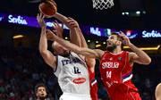 Basketball: Bonn verpflichtet serbischen Nationalspieler Stefan Bircevic, Stefan Bircevic (rechts) erhält in Bonn einen Vertrag bis Saisonende
