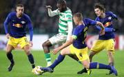 Edouard (M.) schießt für Celtic Glasgow das Siegtor gegen RB Leipzig