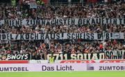 Fans des VfB Stuttgart äußern ihren Unmut über die Spitze des deutschen Fußballs