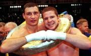 Timo Hoffmann (r.) ließ sich von Vitali Klitschko nicht auf die Bretter schicken