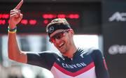 Jan Frodeno gewann den Ironman auf Hawaii 2015 und 2016, Triathlon: Jan Frodeno sagt Ironman auf Hawaii wegen Stressfraktur ab