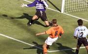 Dennis Bergkamp traf im WM-Viertelfinale 1998 zum entscheidenden 2:1 gegen Argentinien