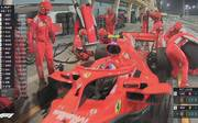 Nach diesem Zusammenprall mit einem Ferrari-Mechaniker schied Kimi Räikkönen in Bahrain aus