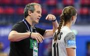 HANDBALL-EHF-WOMEN-GER-NED Henk Groener und seine Frauen müssen nach der Hauptrunde die Heimreise antreten