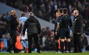 Pep Guardiola stürmte beim Spiel gegen Liverpool auf den Platz
