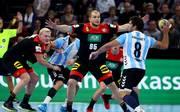 Germany v Argentina - International Handball Friendly Die Abwehr des DHB-Teams zeigte sich gegen Argentinien schon in absoluter WM-Form