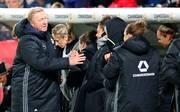 Horst Hrubesch und die DFB-Frauen mussten sich gegen Spanien mit einem Remis begnügen