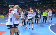 Die norwegischen Spielerinnen feiern den den Einzug in das WM-Finale