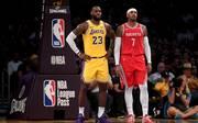 Bald Kollegen bei den Lakers? Die alten Rivalen LeBron James (l.) und Carmelo Anthony