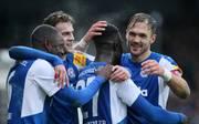 Die Spieler von Holstein Kiel wollen den Relegationsplatz festigen