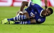 Schalke 04: Breel Embolo bricht sich den linken Fuß, Der Schalker Breel Embolo fällt nach einem Fußbruch aus