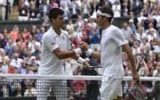 Novak Djokovic (l.) und Roger Federer