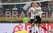 Nico Schulz (r.) erzielte in seinem ersten Länderspiel das Siegtor gegen Peru