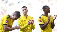 Marco Reus (Mi.) verpasste mit dem BVB den Titel