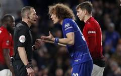 FA Cup: David Luiz von Chelsea bekommt kein Elfmeter trotz kaputtem Trikot
