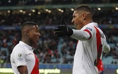 Paolo Guerrero trifft für Peru gegen Chile im Halbfinale der Copa America