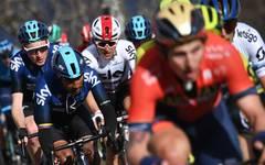 Das Radrennen Tirreno-Adriatico wurde von einem Unfall überschattet