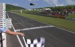 Porsche Carrera Cup: Larry Ten  Voorde siegt in Most