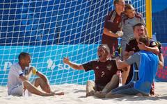Jubel von Russland beim Beachsoccer bei den Europaspielen in Baku nach dem Gewinn der Goldmedaille