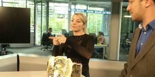 Exklusiv: Wrestling-Star Alexa Bliss besucht SPORT1