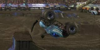 Monster Jam: Dieser spektakuläre Backflip reicht nicht zum Sieg