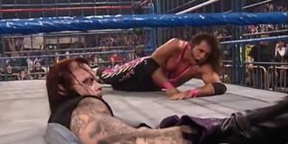 Die zehn größten Käfig-Schockmomente bei WWE