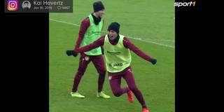 Leverkusen-Spielkinder zaubern mit Kaugummi