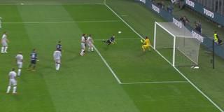 Perisic-Flugkopfball rettet Inter einen Punkt