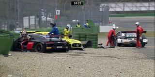 Meisterschaftsdrama um Götz: Mercedes-Pilot wird um alle Chancen gebracht