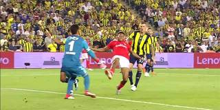 CL-Quali: Benfica kocht Fenerbahce im Istanbuler Hexenkessel ab und ist weiter