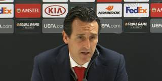 """Weiter so!"" - Emery macht Özil Mut"
