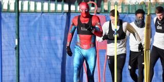 Wer bist du denn? Jamie Vardy trainiert im Spiderman-Outfit