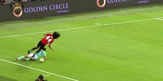 Horror-Foul überschattet United-Sieg
