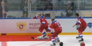 Putin stürzt! Roter Teppich wird zur Stolperfalle