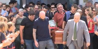 Tränen und Applaus: Emotionale Trauerfeier für Sala