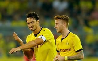 Vor seinem Wechsel zu Bayern trug Mats Hummels (l., mit Marco Reus) die BVB-Kapitänsbinde