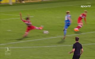 Robin Hack trifft in der Regionalliga bei Hoffenheim gegen den VFB Stuttgart