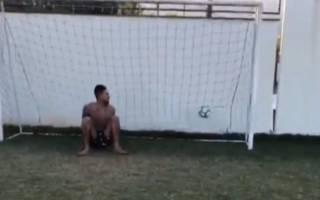 Jimmy Butler trifft Elfmeter gegen PSG-Star Neymar Jr.