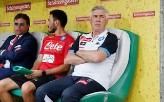 Carlo Ancelotti steht beim SSC Neapel von Anfang an unter Druck